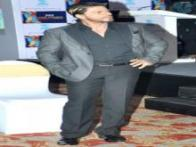 Stargaze: It's high time Shah Rukh Khan sported a new look